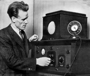 Philo demonstrates the first cathode ray tube television.